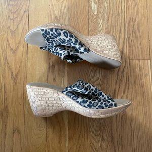 Onex animal print sandals